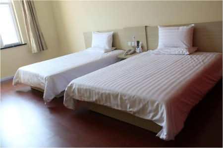 汉庭酒店青岛开发区太行山路店住宿价格|电话地址